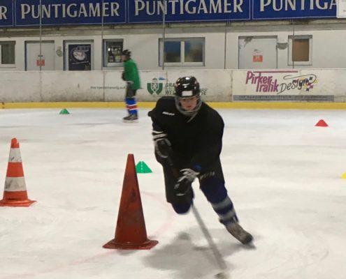 Hockeycamps Spieler beim Training